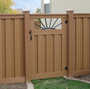 trex-seclusions-custom-single-fence-gate-big-008