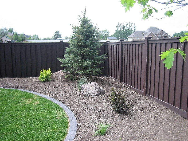 Low Maintenance Fencing Naturally